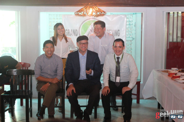 Open Access BPO Executives. Standing (From left to right): May de Guzman (Operations Manager) and Michael Chang (HQ Operations Manager). Seated (From left to right): Arjay Flaviano (Senior Training Manager), Ben Davidowitz (Founder and CEO), and Matthew Narciso (Director of Sales and Marketing)