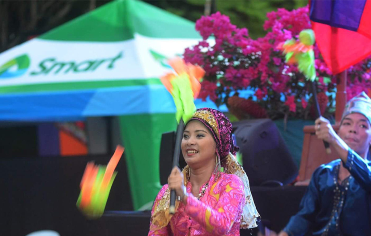 Davao City's Kadayawan Festival 2016 is Powered by Smart