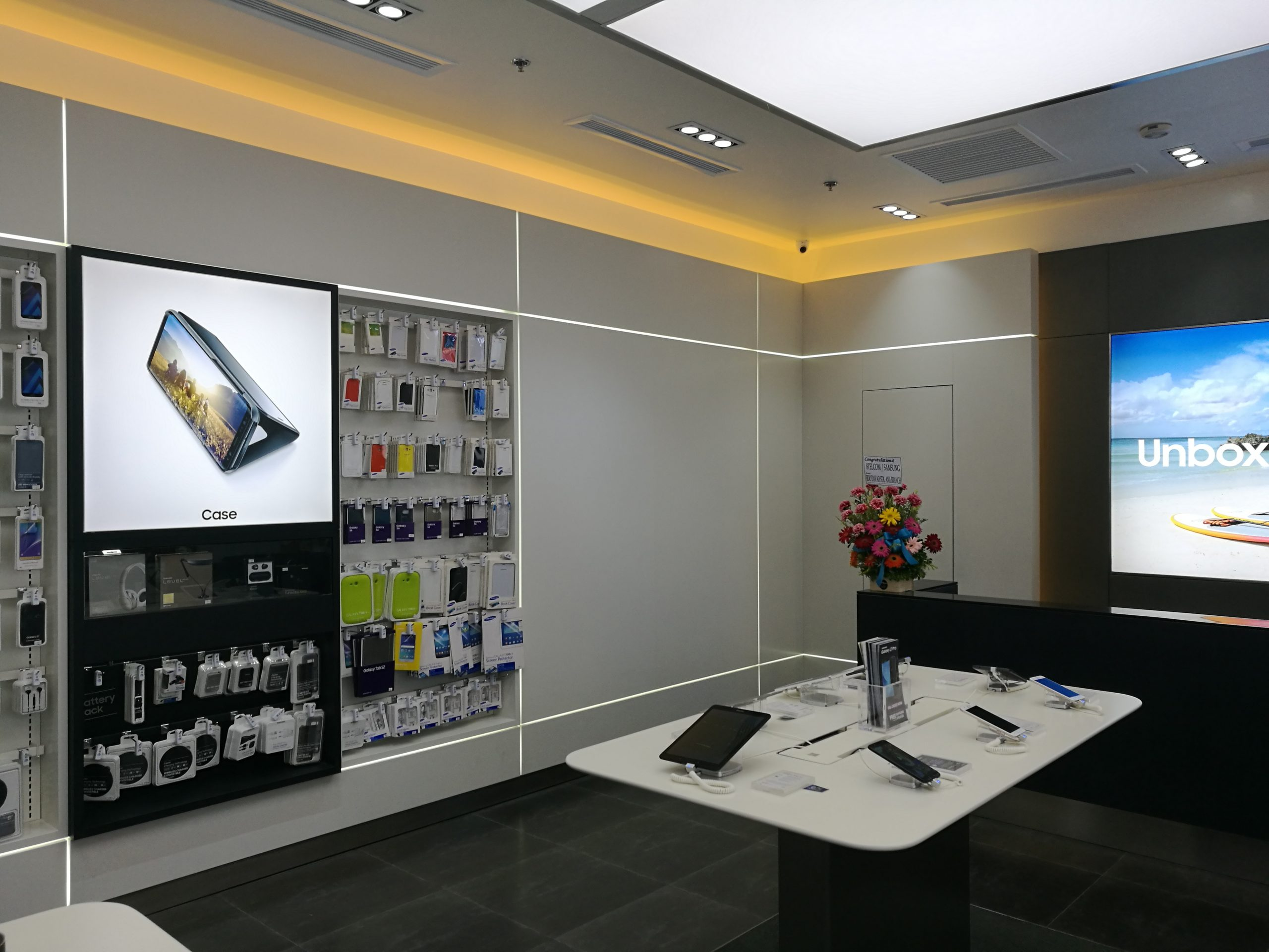 Samsung Experience Store 02