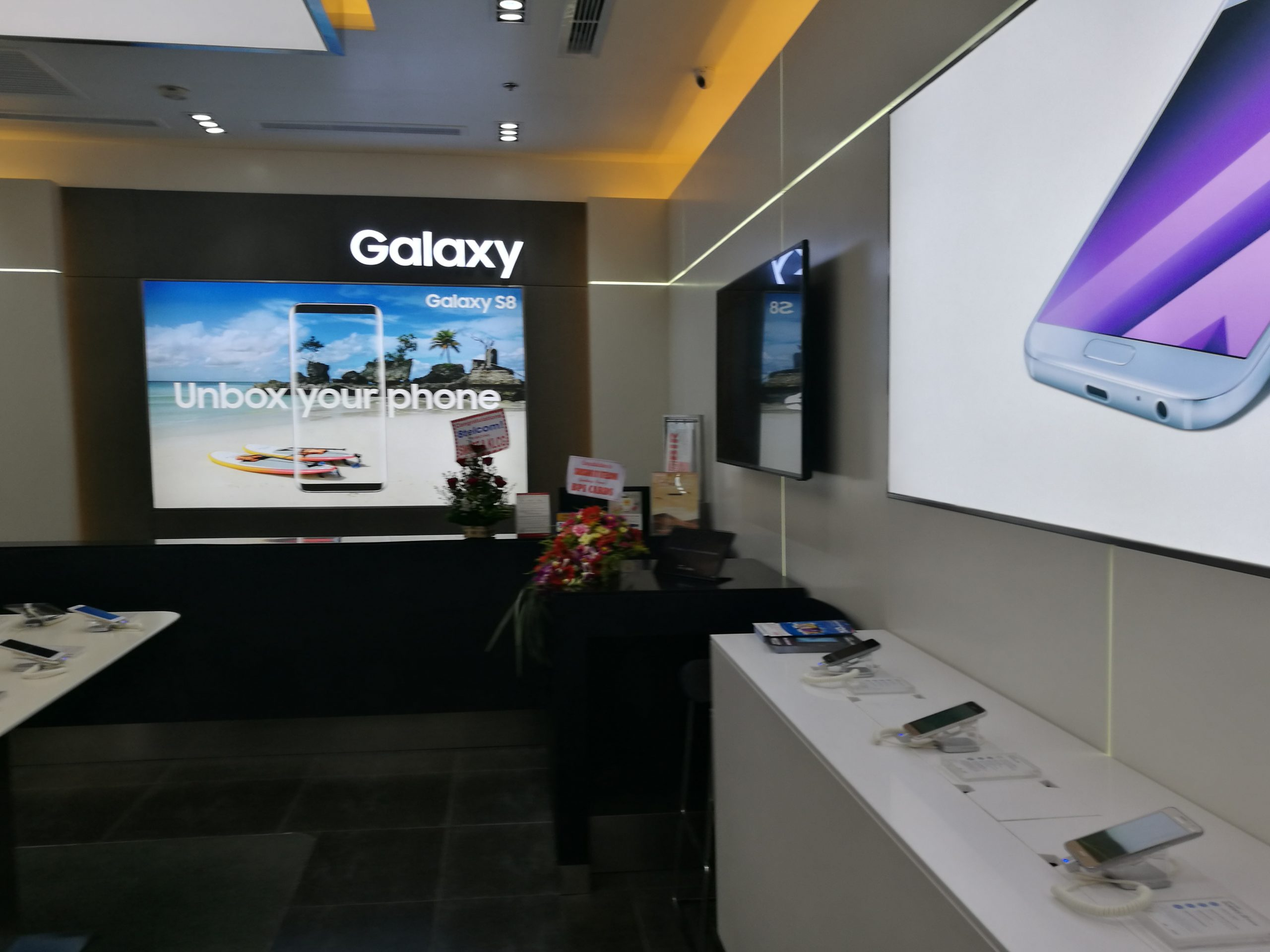 Samsung Experience Store 03