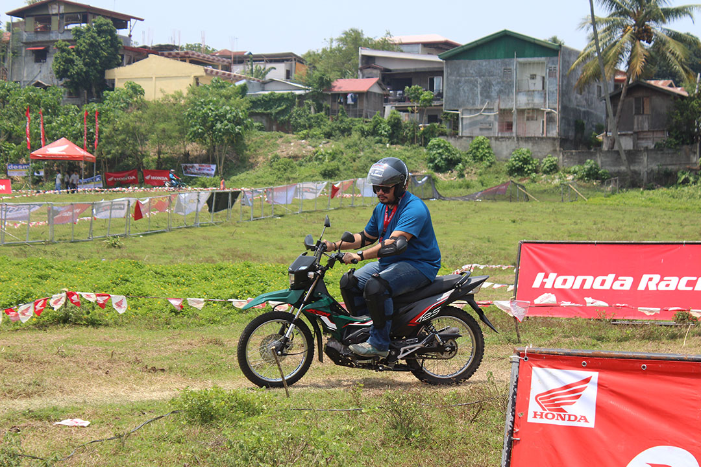 Honda XRM125 Fi test drive