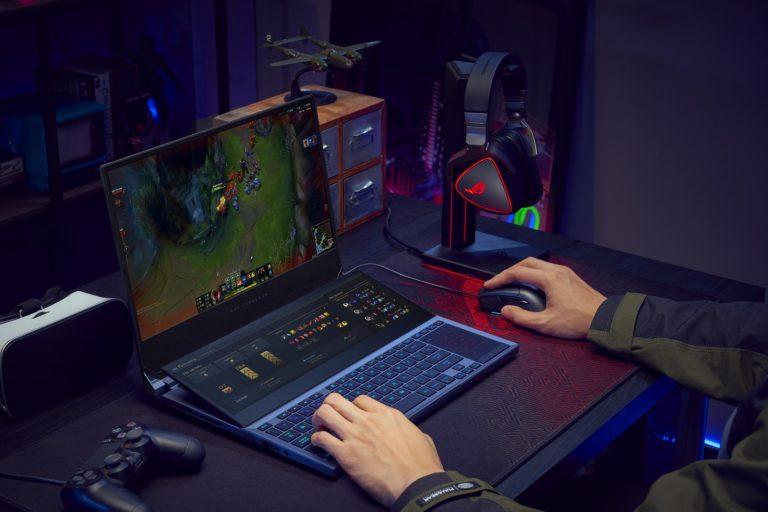 ROG Zephyrus Duo 15 gaming