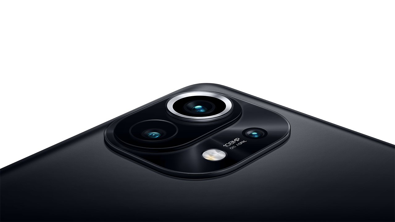 108MP wide-angle, 13MP ultra-wide-angle, and 5MP telemacro